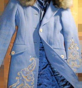 Пальто весеннее натуральный мех