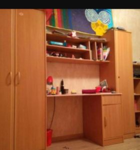 Шкаф,стол,стенка
