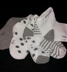 Носочки новые для малыша