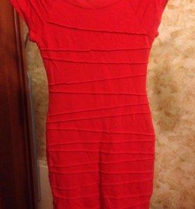 Платье трикотажная