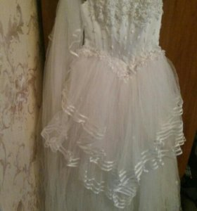 Свадебное платье 8 988 472 74 16
