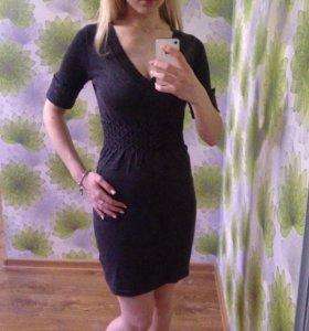 Трикотажное платье, не ношеное