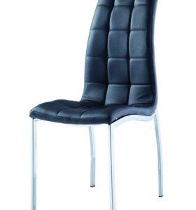 Чёрный стул