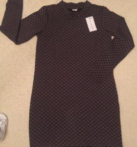 Новое платье на 44 размер, М