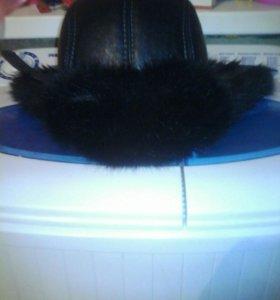 Продаю зимнюю шапку
