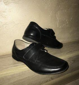 Туфли школьные 36 р.