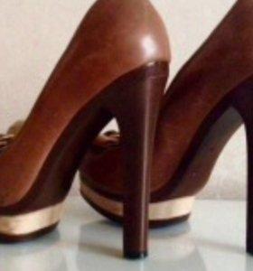 Женские кожаные новые туфли
