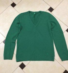 Бенетон, свитер женский,40-42 размер