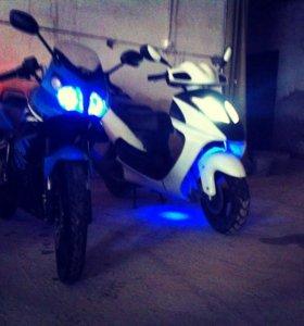 Скутер gelli moto