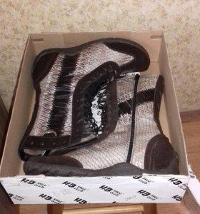 НОВЫЕ Зимние ботинки (сапоги)