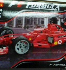 Машина Лего,726 деталей
