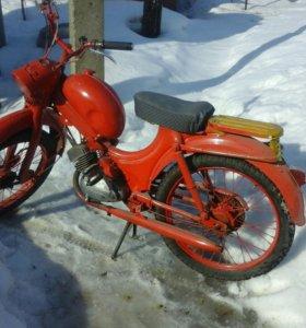 Раритетный мотоцикл Ява 1959года
