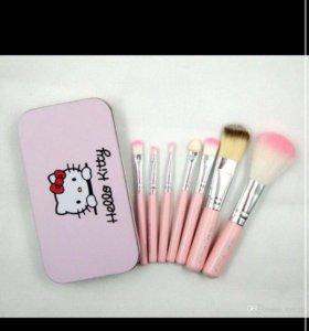 набор кистей от Hello Kitty