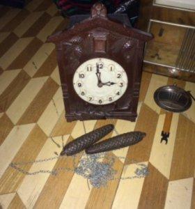 Часы Кукушка. Антиквариат