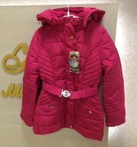 Куртка на девочек демисезонная