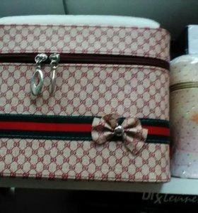 Кейс  для косметики и бижутерии