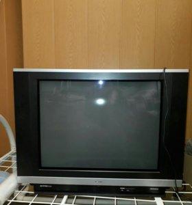 Televizor v xaroshom sastayanye xitachi