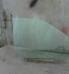 Стекло передние правое на ваз 2110