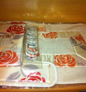 Набор для ванной : коврики со шторкой Новый