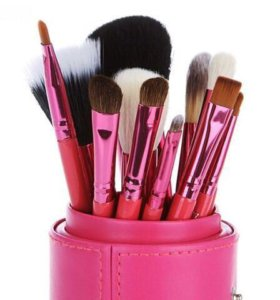 Новый набор кисточек для макияжа MAC