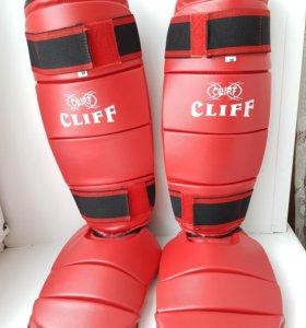 Защита на ноги / накладки для единоборств