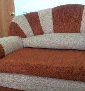 Продаю диван!!!!
