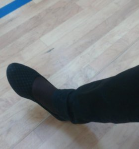 Продаю ногу)