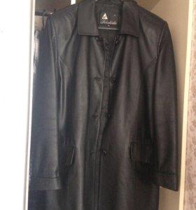 Стильная куртка состояние новой