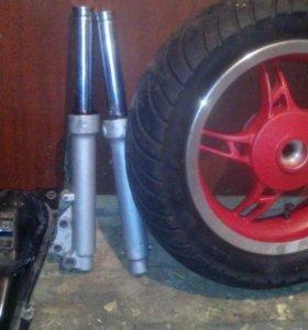 Запчасти на скутор колесо задняя бес покрыш стелс