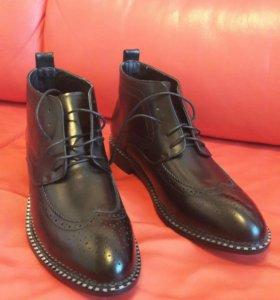 Новые мужские ботинки, туфли