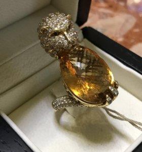 Перстень с брильянтами