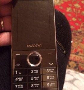 Телефон MAXVI X500