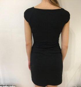 Платье с железными вставками