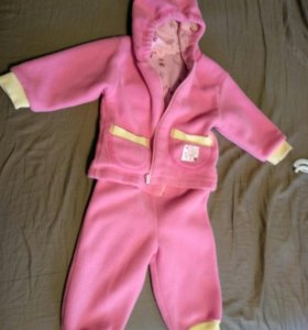 Теплый костюм для девочки