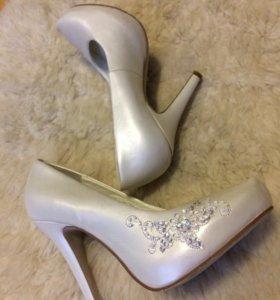 Кожаные Свадебные туфли 34 размера