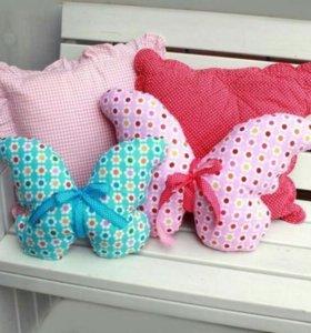 Подушки бабочки