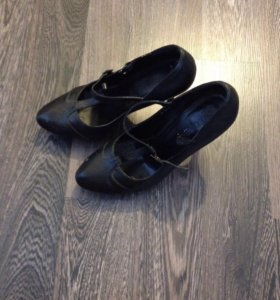 Туфли наткожа 36