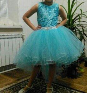 Новое платье для девочки со шлейфом
