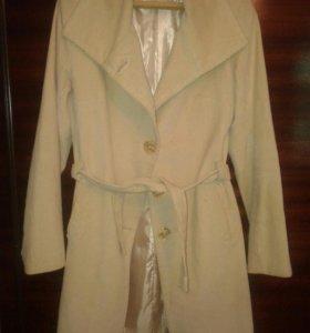 Пальто.+платок в подарок