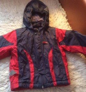 Детская осенне- весенняя курточка reima рост 86