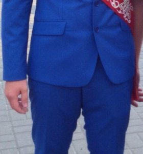 Костюм выпускной+галстук+платок