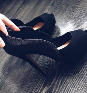Туфли Bershka