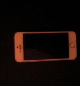 Продаю Айфон 5s Gold 16 Gb.