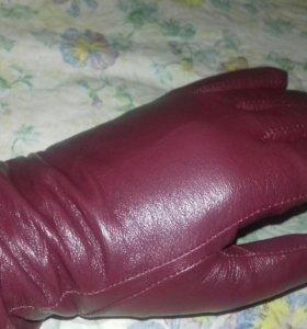 Перчатки кожа