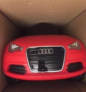 Игрушечная машина Ауди Audi