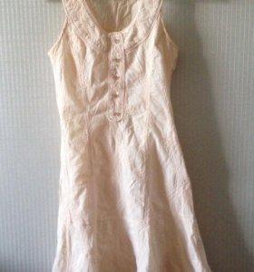 Платье Размер: 42–44 (S)