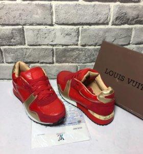 Кросовки красные LV
