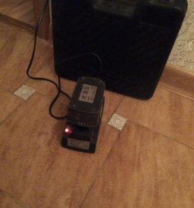 Зарядное, аккумулятор и кейс интерскол