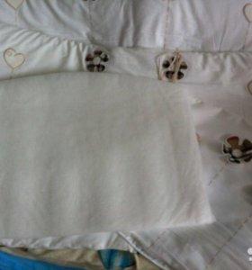 Бортик для детской кроватки со съемными чехлами