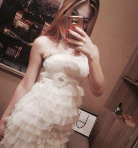 Новое нарядное платье.